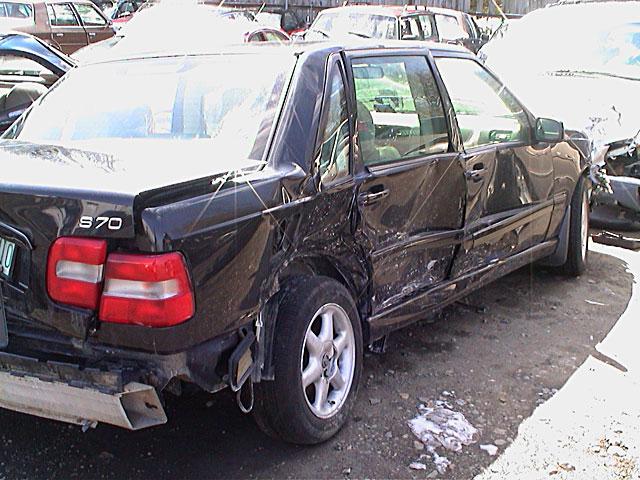 Volvo V70 Wreck 2